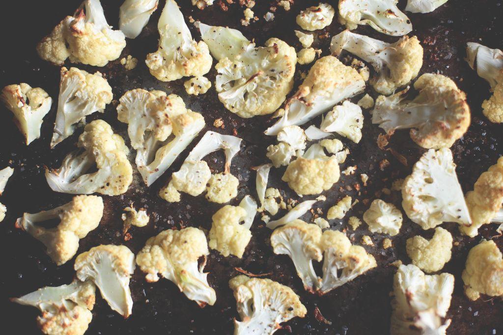 Roasted Cauliflower Macaroni and Cheese - Tastemaker Blog