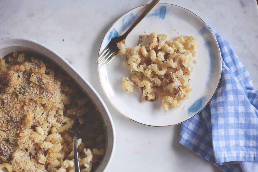 Roasted Cauliflower and Thyme Macaroni and Cheese Bake ...