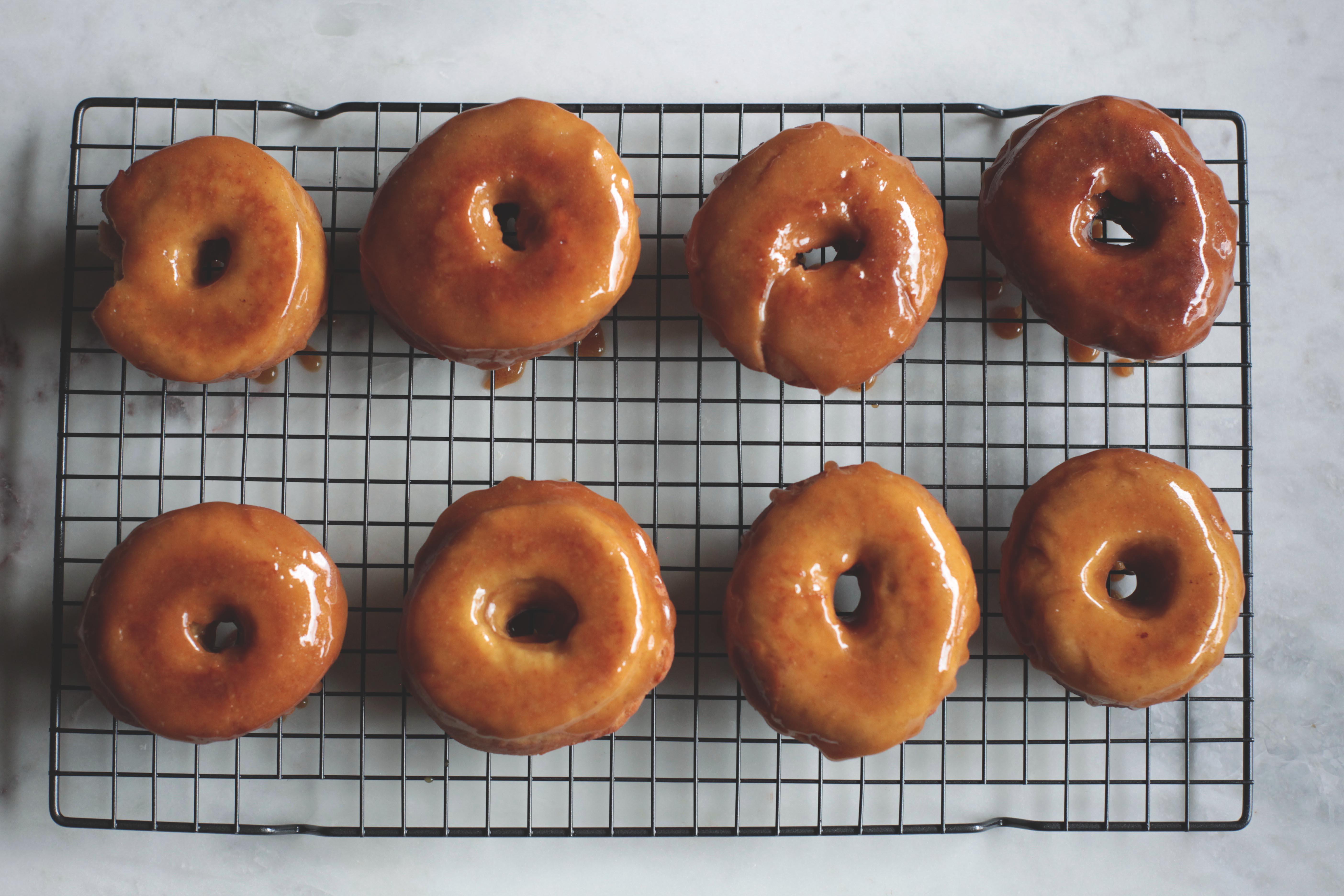 Bananas Foster Donuts - Tastemaker Blog