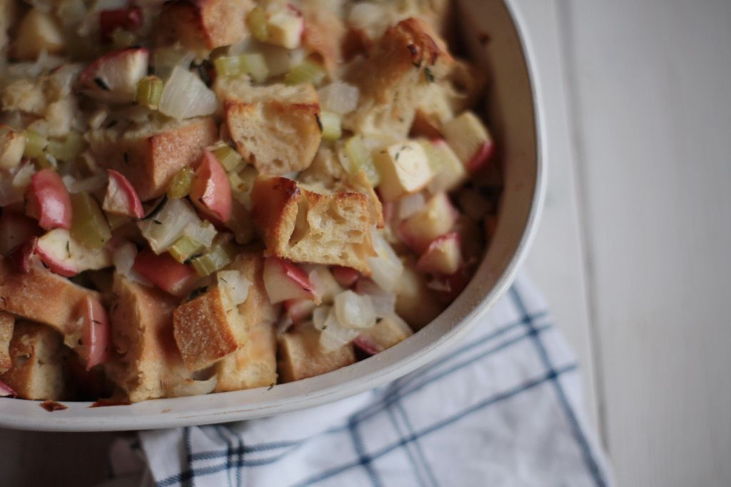 Apple and Onion Stuffing - Tastemaker Blog