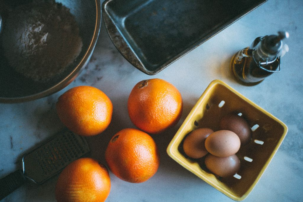 Christmas Orange Olive Oil Cake - Tastemaker Blog