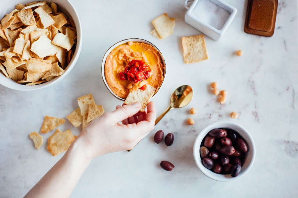 Simple Roasted Red Pepper Hummus - Tastemaker Blog