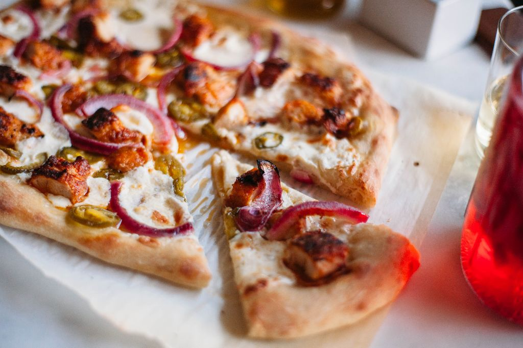 Nashville Hot Chicken Pizza - Tastemaker Blog