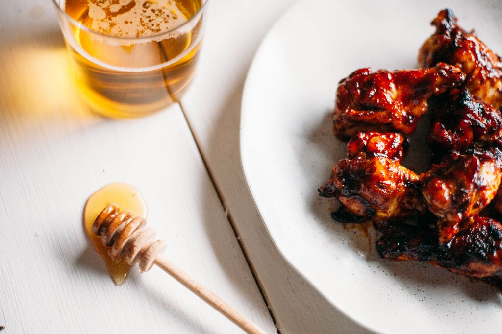 Honey Harissa Wings - Tastemaker Blog