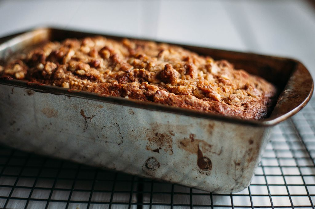 Banana Walnut Bread - Tastemaker Blog