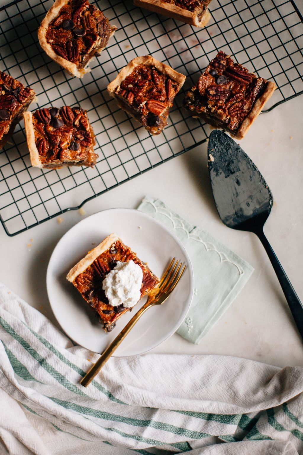 Dark Chocolate Pecan Pie Bars - Tastemaker Blog