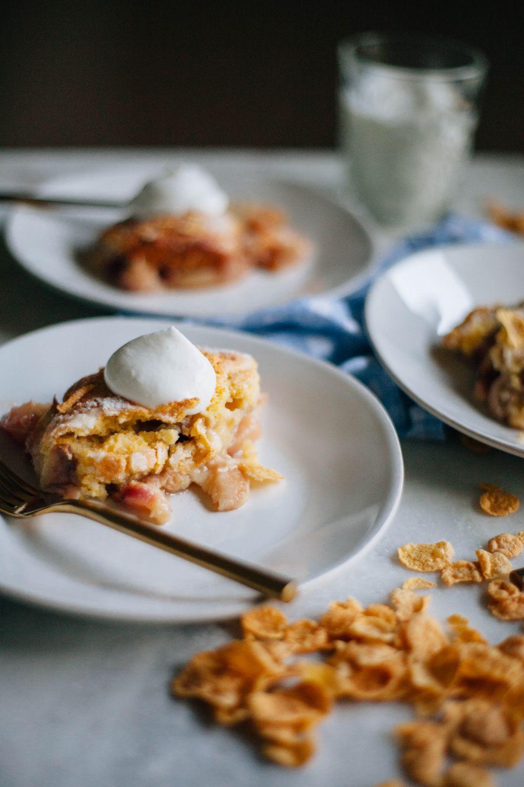 Cornbread Peach Cobbler - Tastemaker Blog