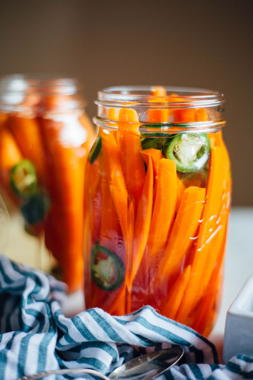 Spicy Pickled Carrots - Tastemaker Blog