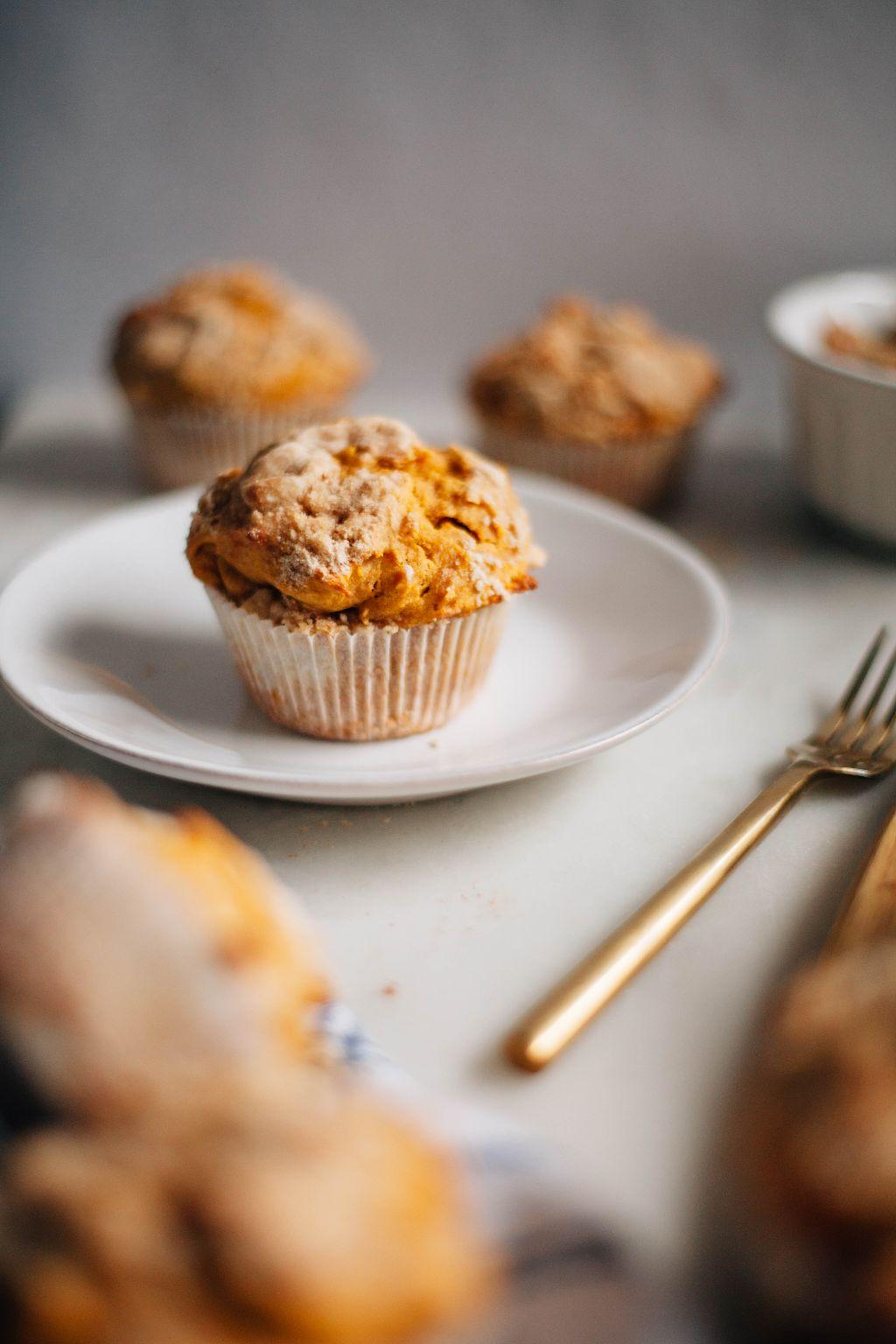 Pumpkin Walnut Muffins - Tastemaker Blog