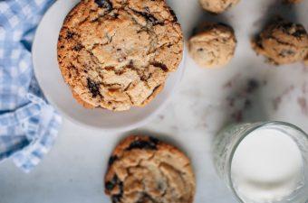 Giant Salted Dark Chocolate Chunk Cookies - Tastemaker Blog