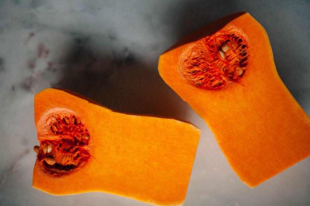 Pumpkin Pie Spiced Chicken with Butternut Squash - Tastemaker Blog