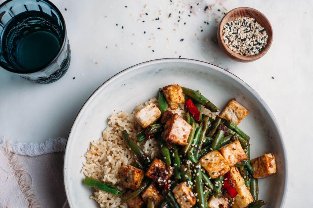 Crispy Tofu Stir Fry - Tastemaker Blog