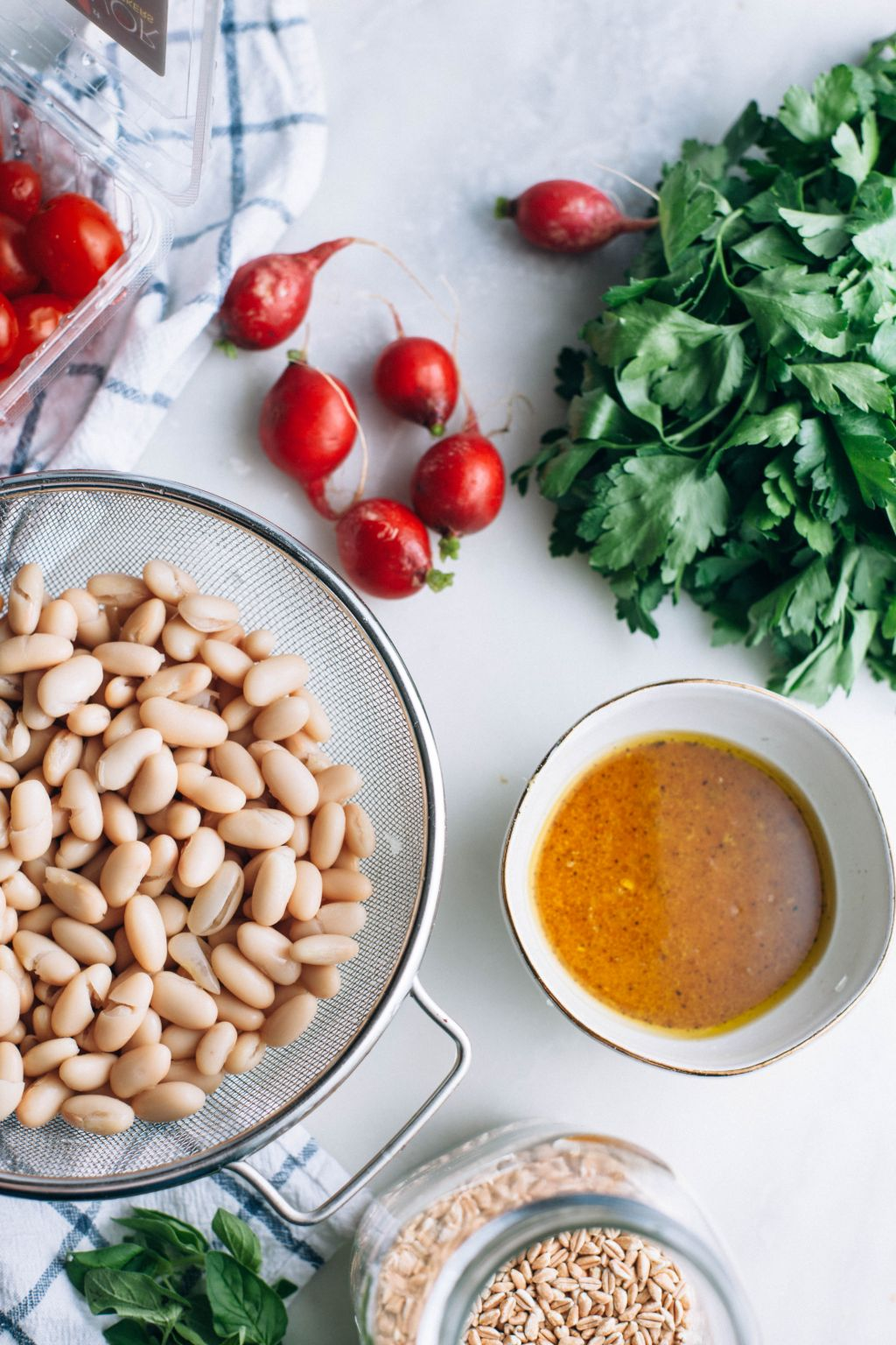 White Bean and Farro Salad - Tastemaker Blog