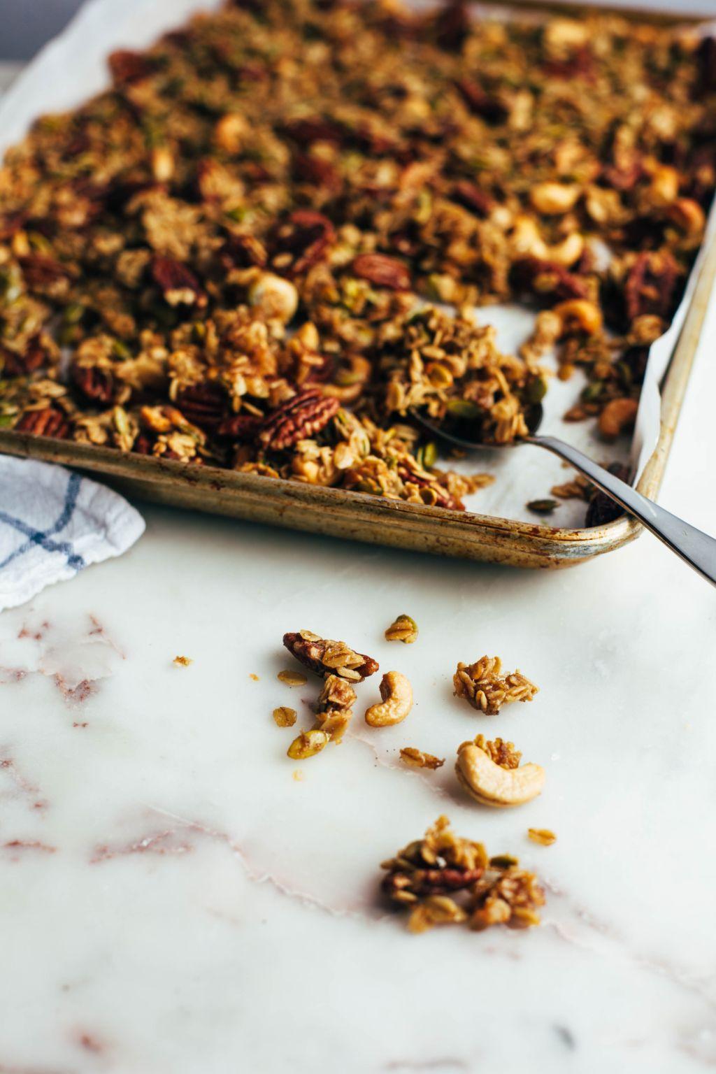 Banana Nut Granola - Tastemaker Blog