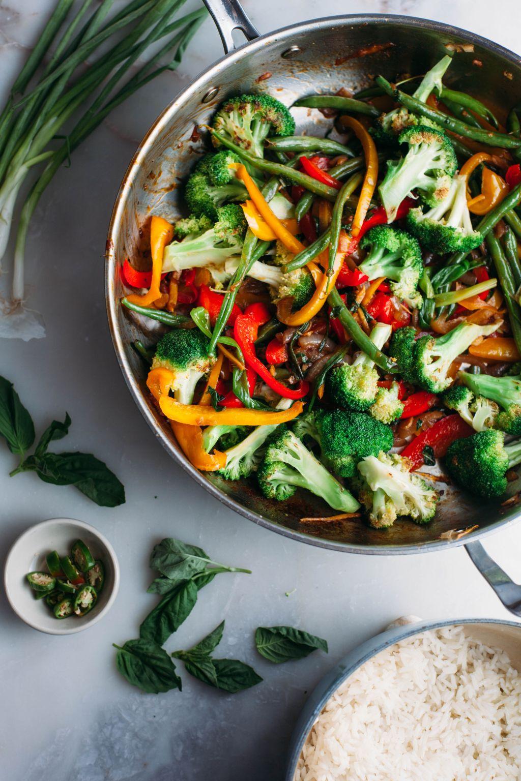 Thai Basil Stir Fry - Tastemaker Blog