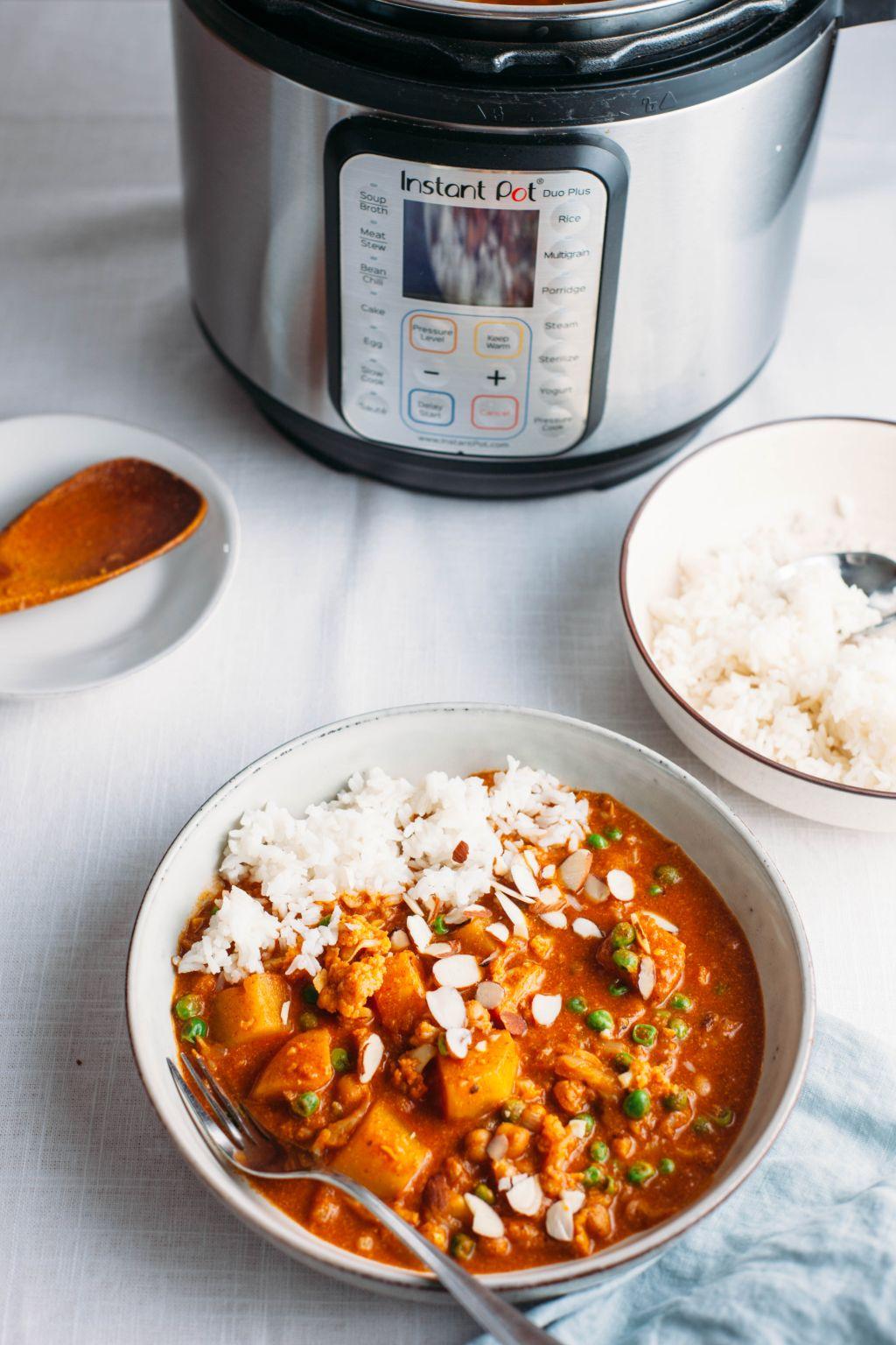 Instant Pot Indian Butter Chickpeas and Vegetables - Tastemaker Blog