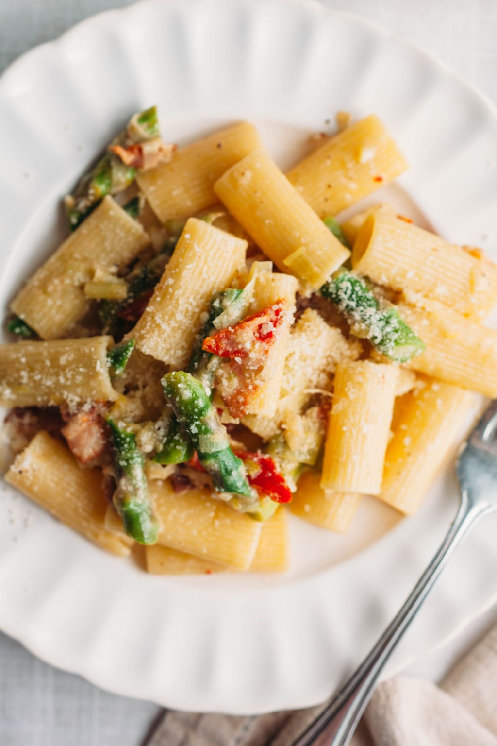 Rigatoni with Asparagus and Sun-dried Tomatoes
