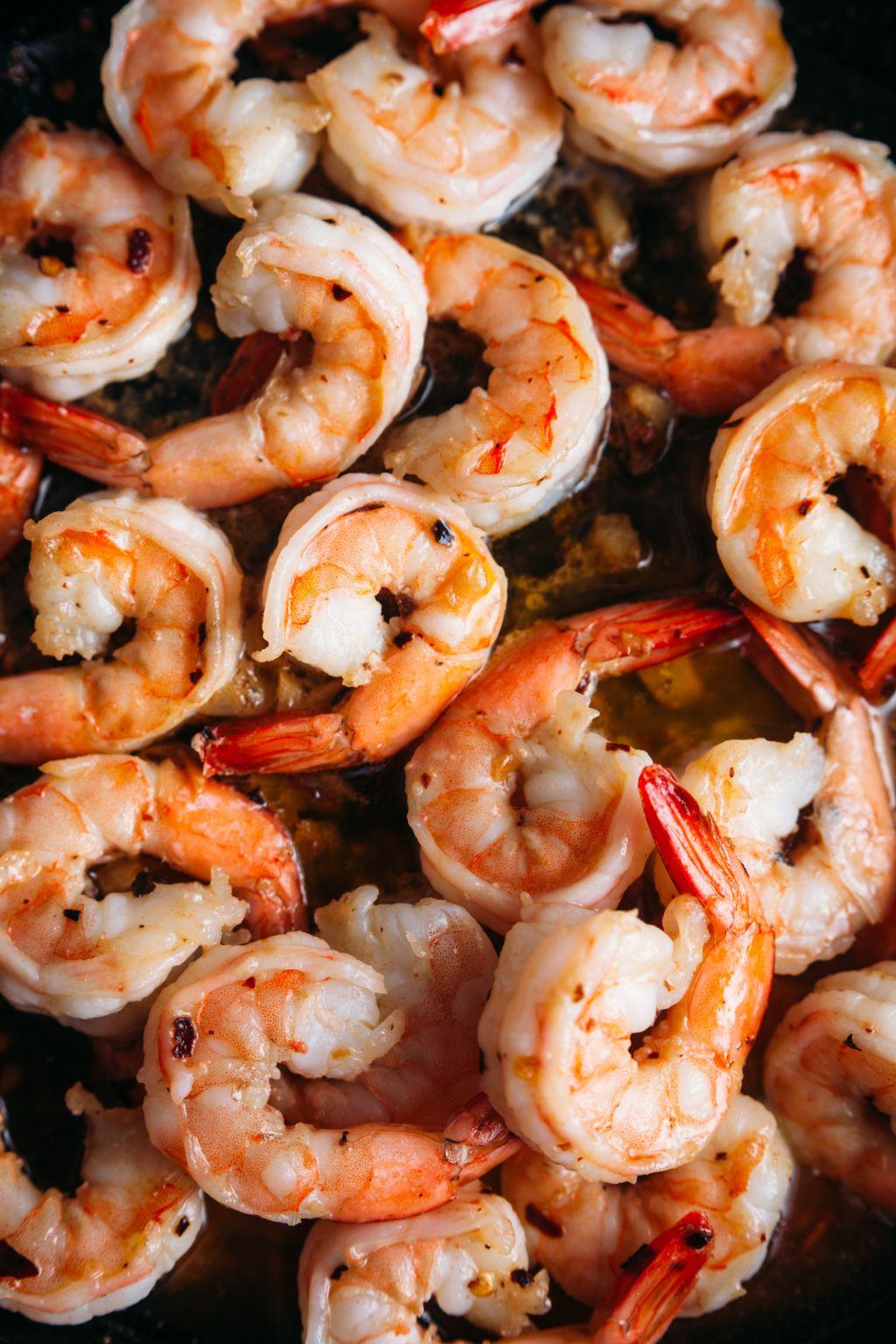 Shrimp with Lemon and Garlic Sauce - Tastemaker Blog